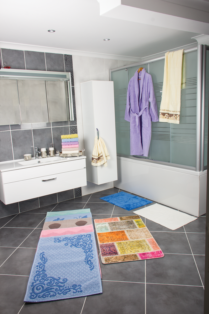 BATHROOM TEXTILE PRODUCTS